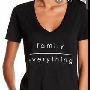 NWT PAECE LOVE WORLD V-NECK FAMILY EVERYTHING S